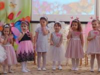 Весенний праздник в младших группах